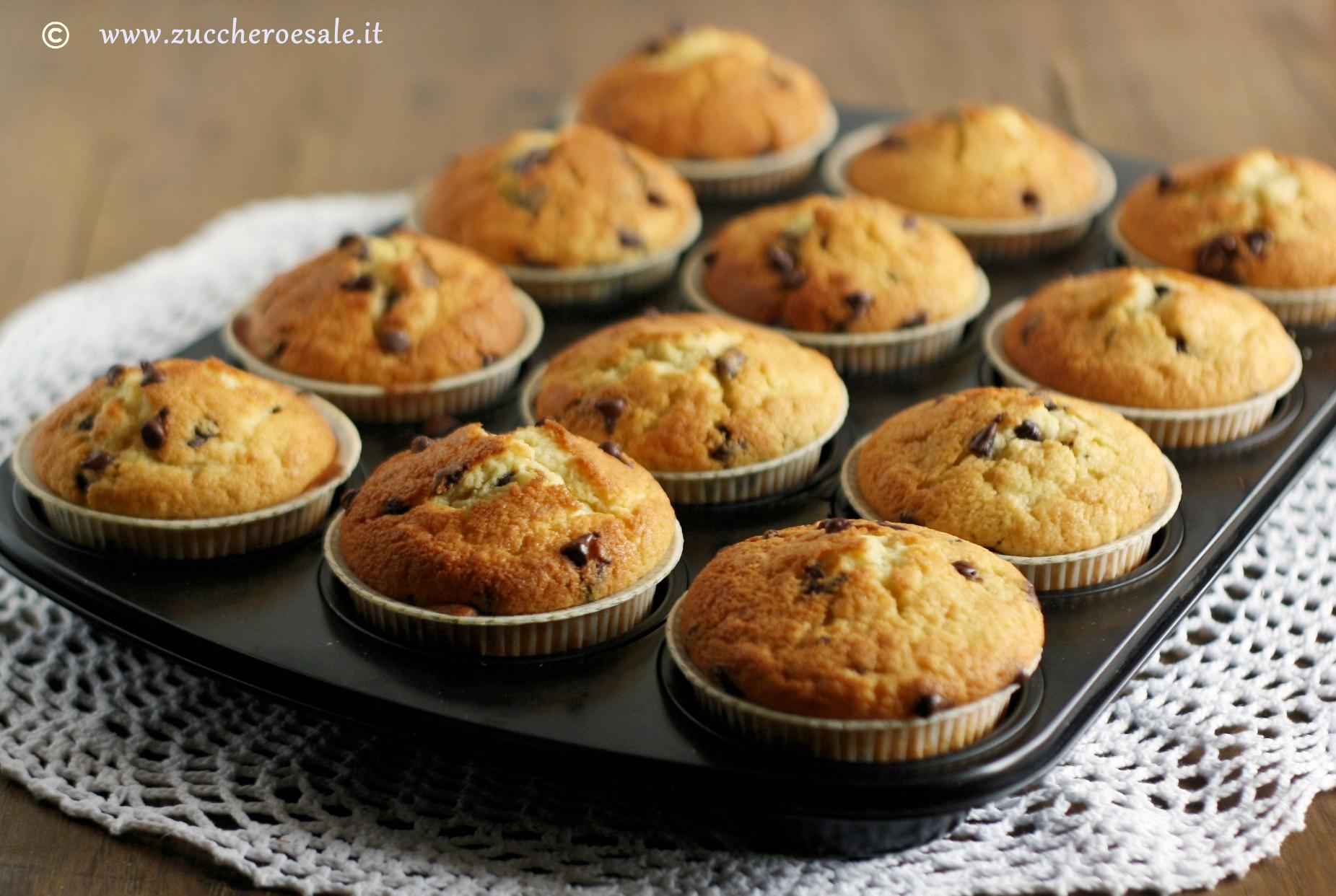 Ricetta Muffin Un Uovo.Muffin Con Gocce Di Cioccolato Semplicissimi Zucchero Sale
