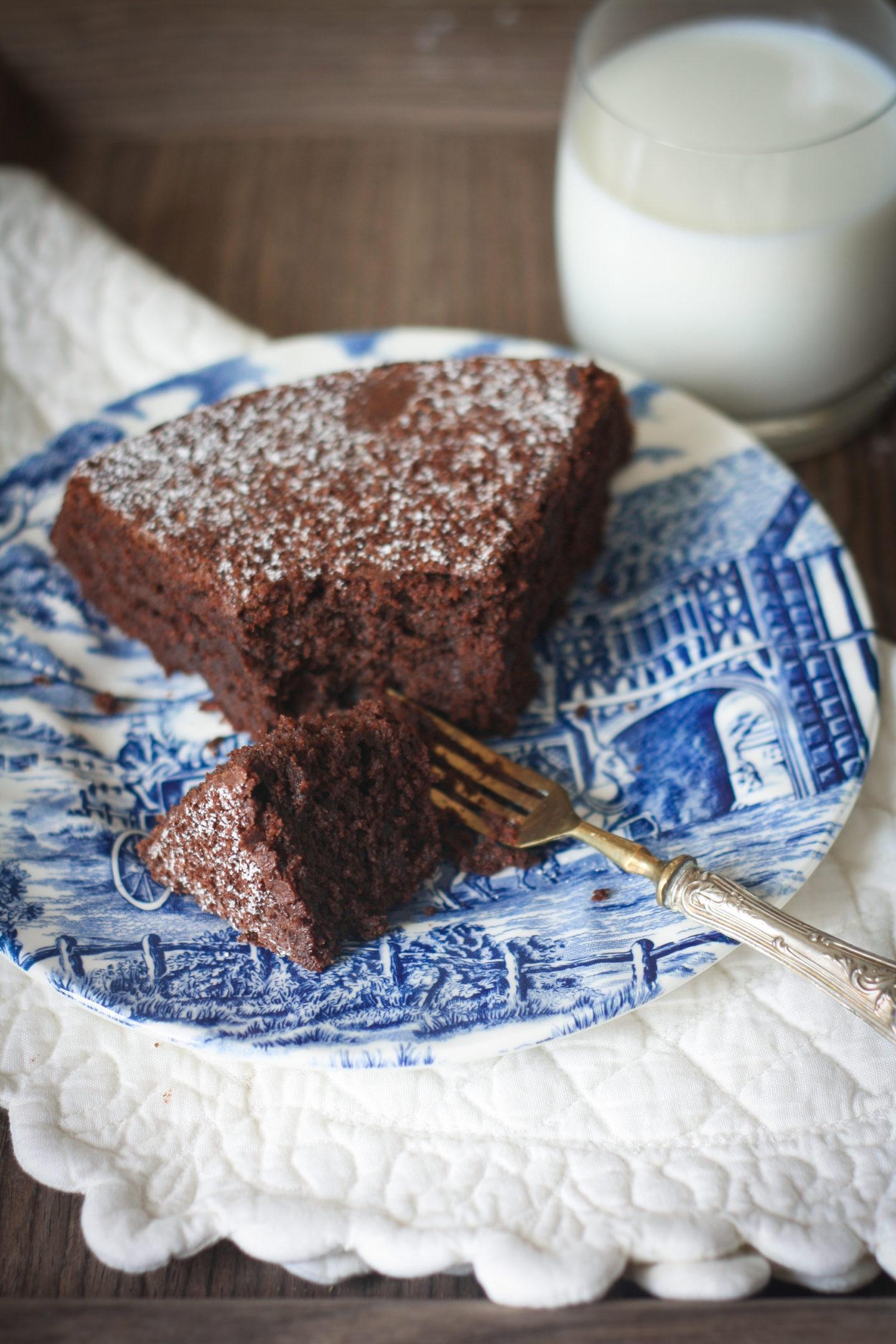 Torta al cioccolato e barbabietole