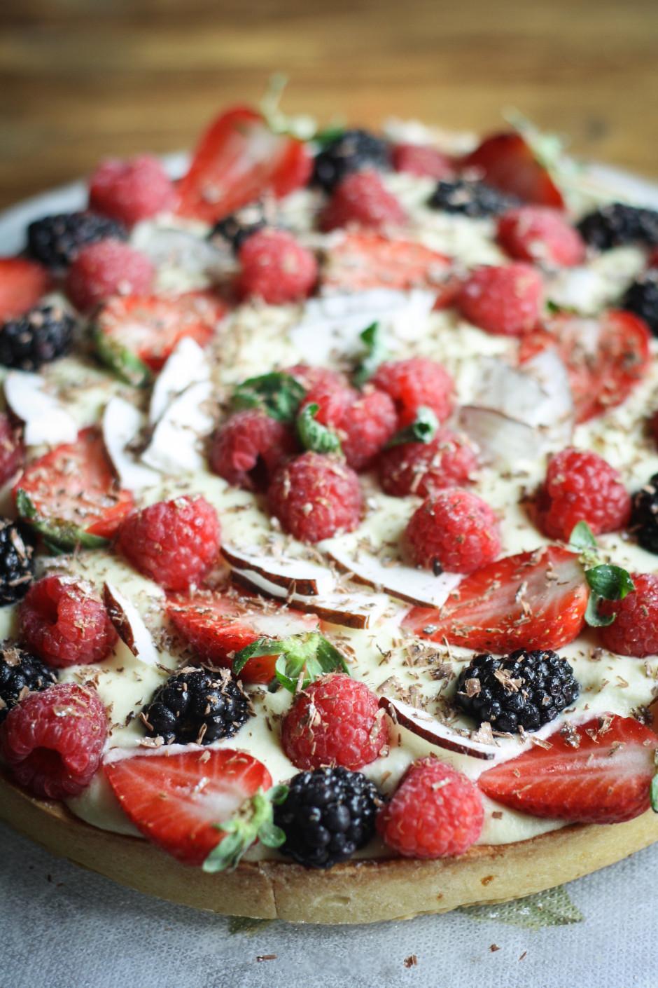 crostata di crema e frutta 940x1410 Crostata alla crema e frutta fresca