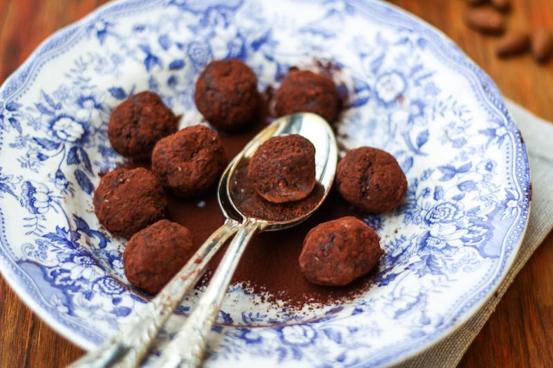 Energy balls al cacao e frutta secca