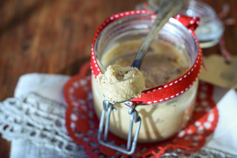 burro di anacardi fatto in casa veloce