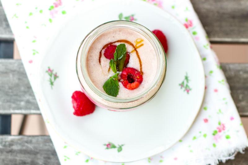 smoothie ai lamponi fresco e gustoso