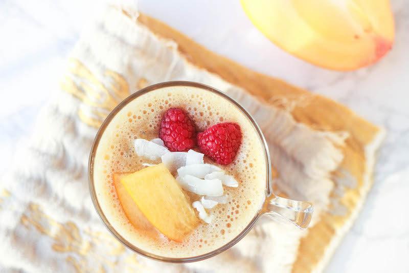 smoothie ai cachi per una colazione sana
