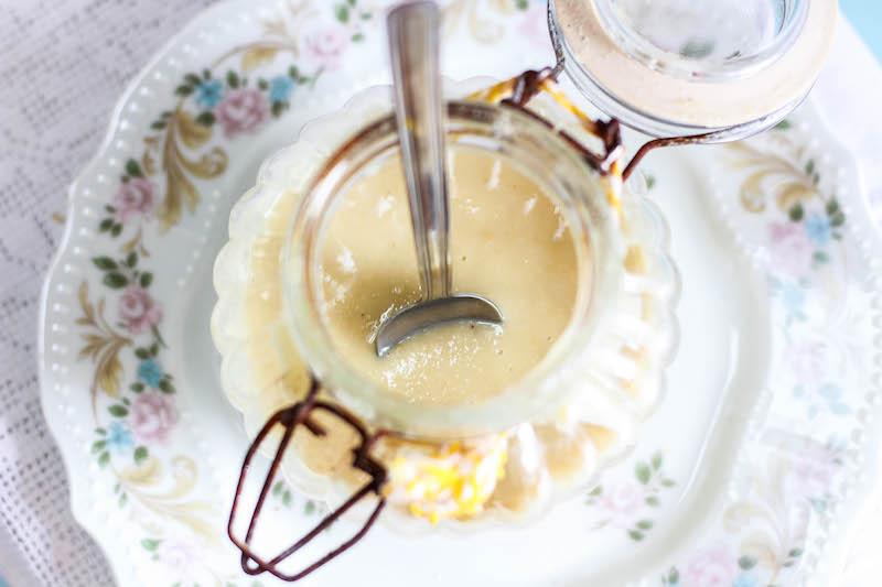Burro di macadamia fatto in casa
